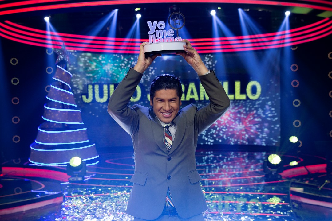 ¡Julio Jaramillo es el doble exacto elegido por Colombia!